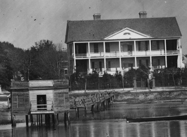 1861-Beaufort-Waterfront-00753a-DETAIL